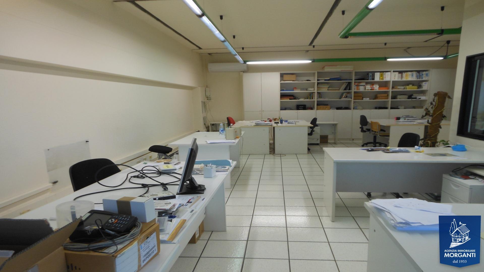 Cascina, Toscana, 12 Stanze Stanze,2 BathroomsBathrooms,Ufficio,In Vendita,1140