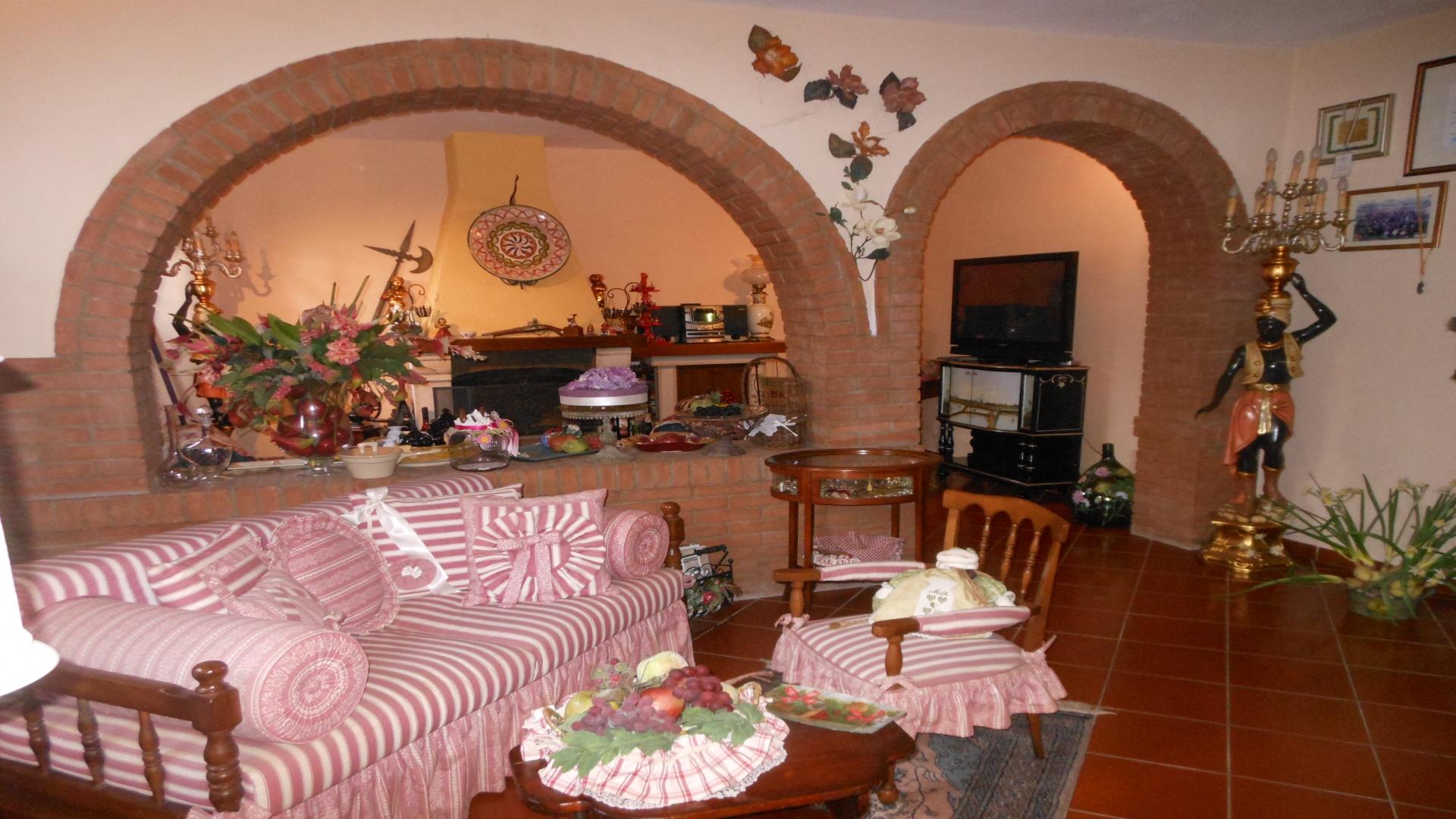 Cascina, Toscana, 5 Stanze da Letto Stanze da Letto, ,3 BathroomsBathrooms,Rustico,In Vendita,1053